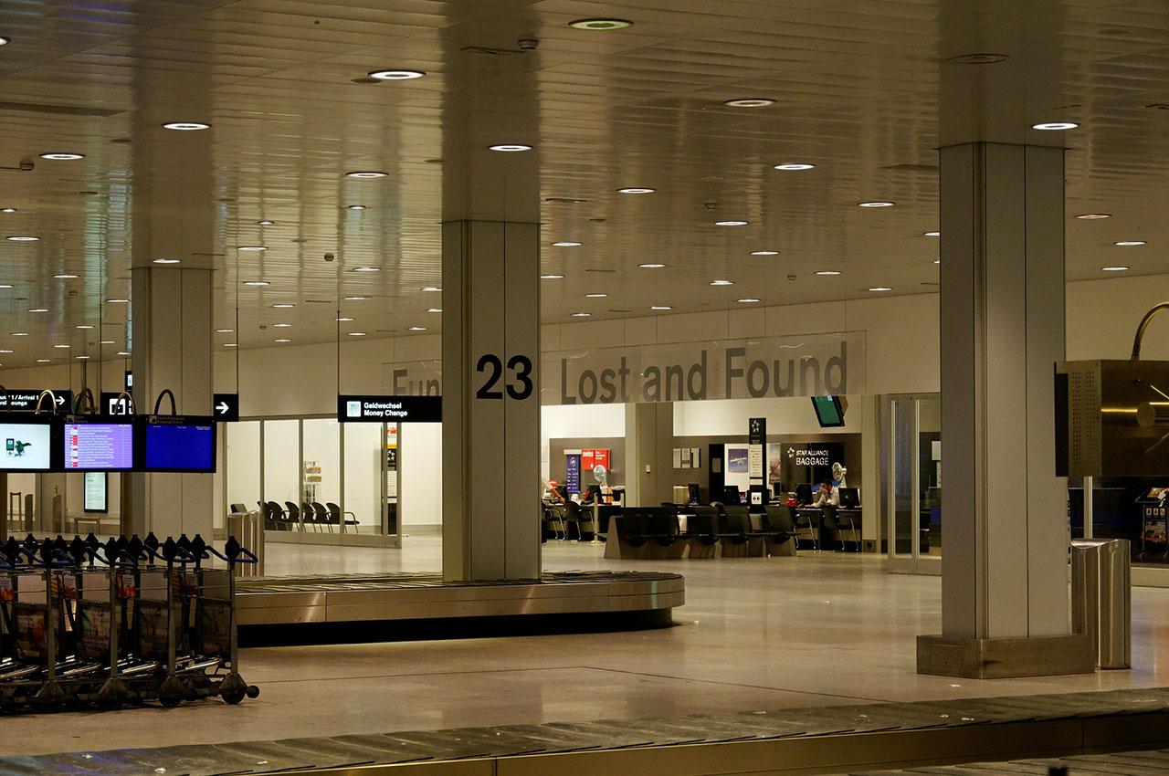 Aéroport désert suite au Coronavirus