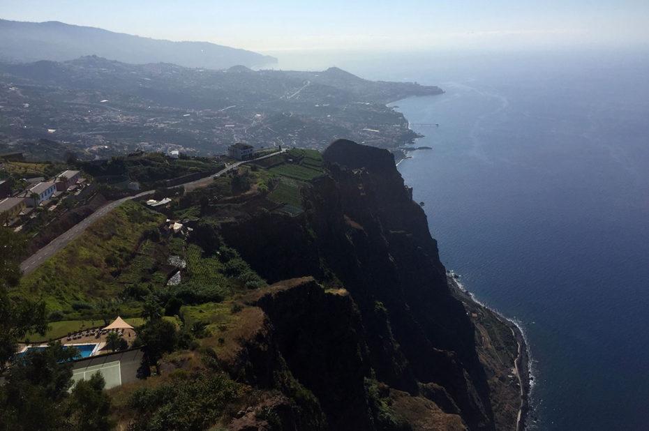 La côte de Madère depuis le belvédère du Cap Girao