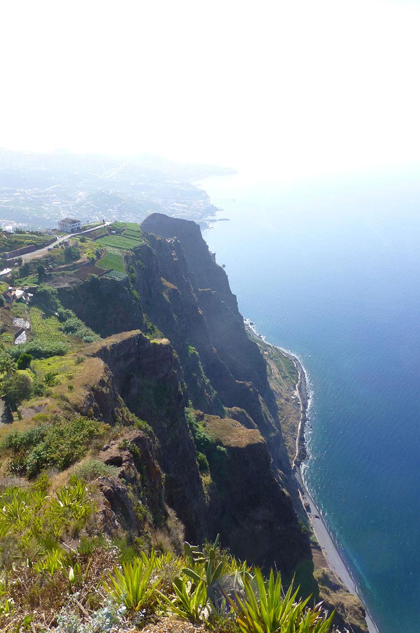 Les falaises de la côte sud
