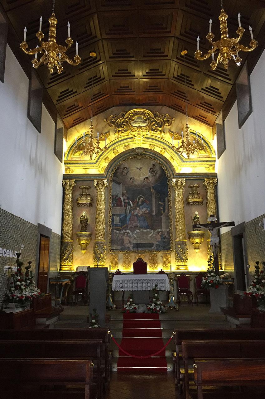 Nef et chœur de l'église