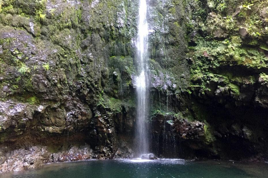 La chute d'eau de Caldeirão Verde