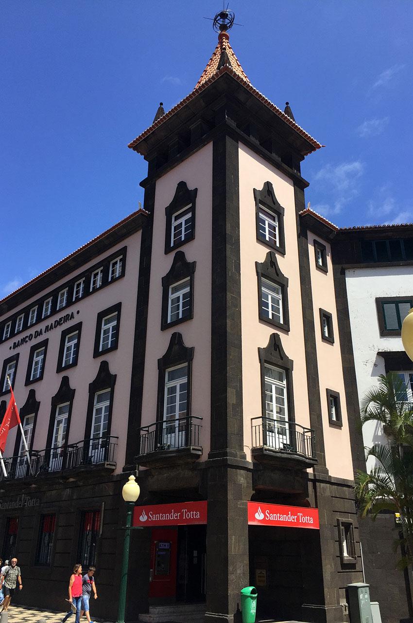 Bâtiment de la banque de Madère