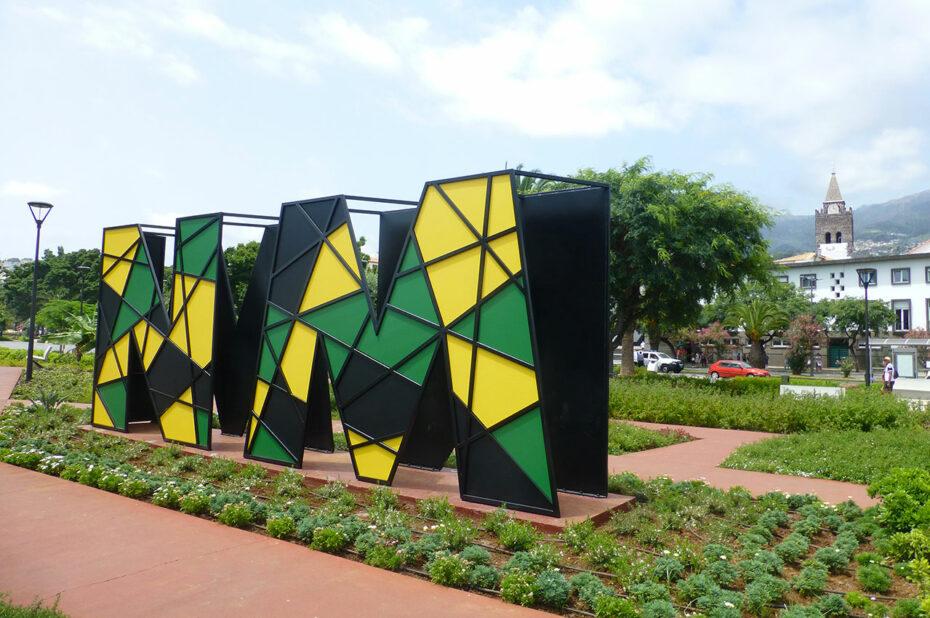 Monument en hommage à Nelson Mandela