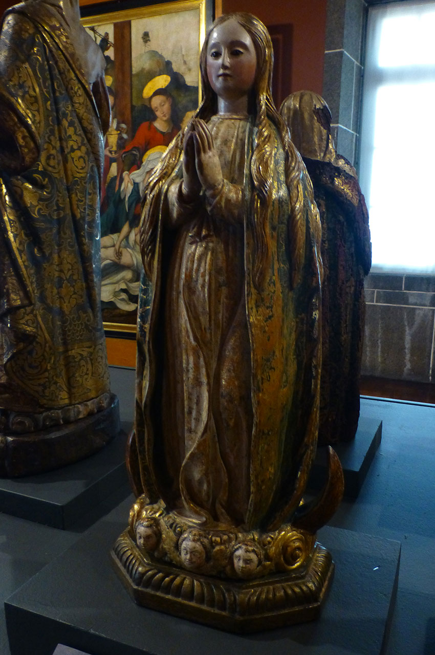 Statue de l'Immaculée Conception de Marie