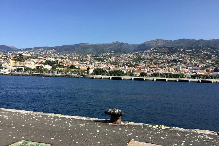 Vue sur Funchal depuis le port