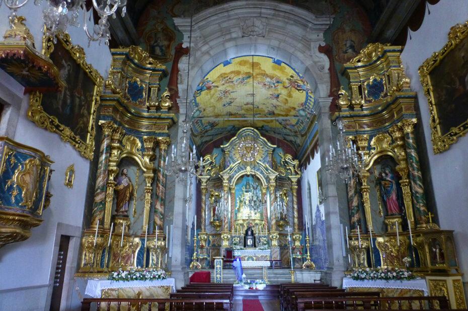 Intérieur de l'église Santa Maria Maior