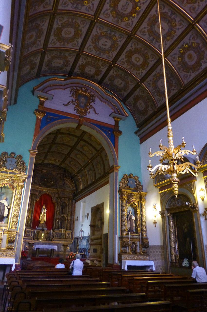 Nef, chœur et plafond de l'église des Carmes