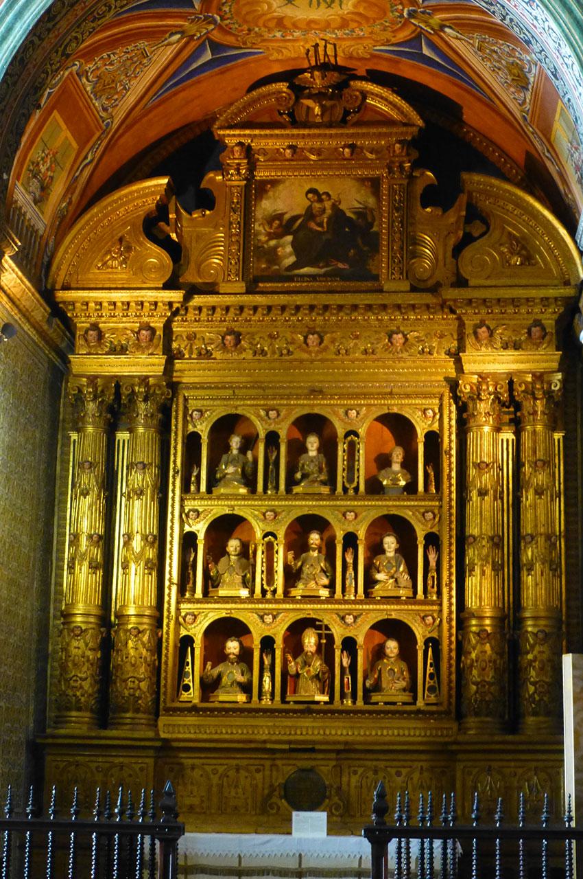 Une chapelle de l'église Saint-Jean l'Évangéliste